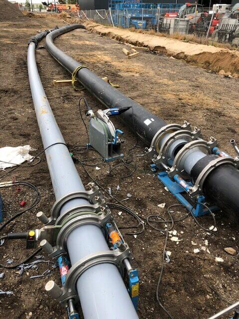 Svejsning af plastrør i marken - udført af certificerede svejsere fra Pro Plast Energeo