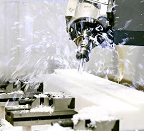 Bearbejdning af plast - Fræsning i plastemne
